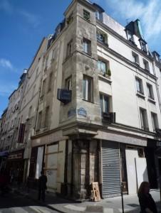 pilastres_immeuble_marais