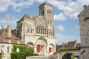 Vezelay_basilique_Large_1297884068