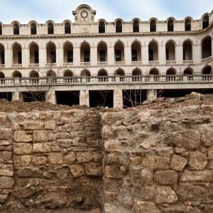 Fouille de l'Hôtel Dieu à Marseille. Janvier 2010.