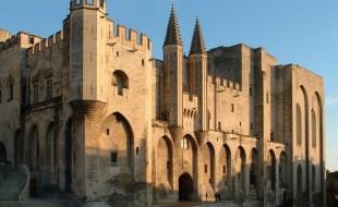 Façade_du_Palais_des_Papes_Avignon