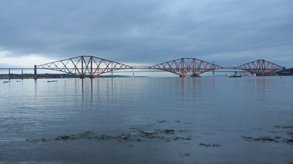 photo-8-fig-5-forth-bridge-iii-ecosse-c-michel-cotte